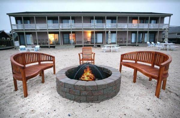 Sandbars Inn to Kick Off Cape Cod's 2019 Vacation Season